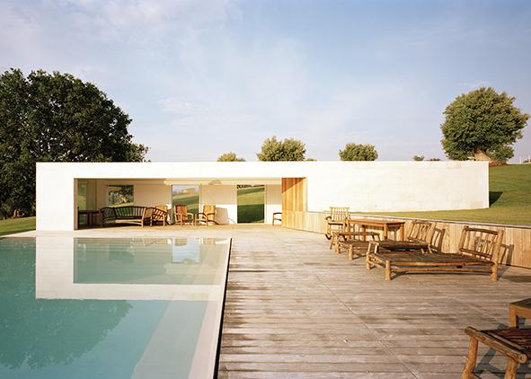 La poolhouse della Casa Dusenszky Vitale in Puglia (credit: V. Melluso)