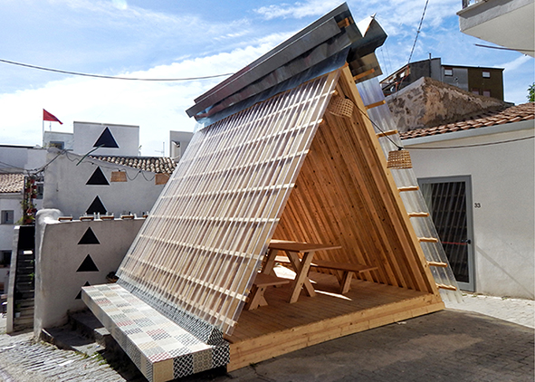 Equilatera, a pavilion in scraps of X-LAM for the courtyards of Farm Cultural Park (credit: Politecnico di Milano)