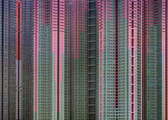 Architecture of Density, Hong Kong (credits: M. Wolf). AGATHÒN 06 | 2019