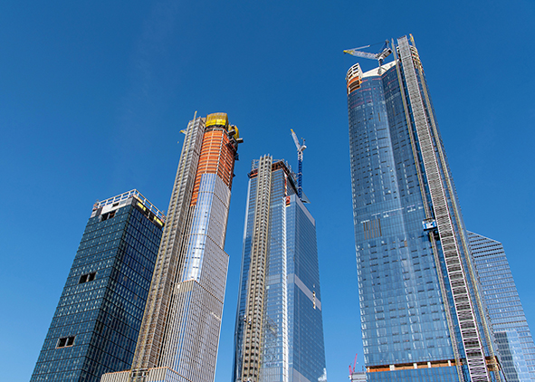 Hudson Yards in New York (credit: Jim Ekstrand /Alamy Stock Photo). AGATHÓN 09 | 2021