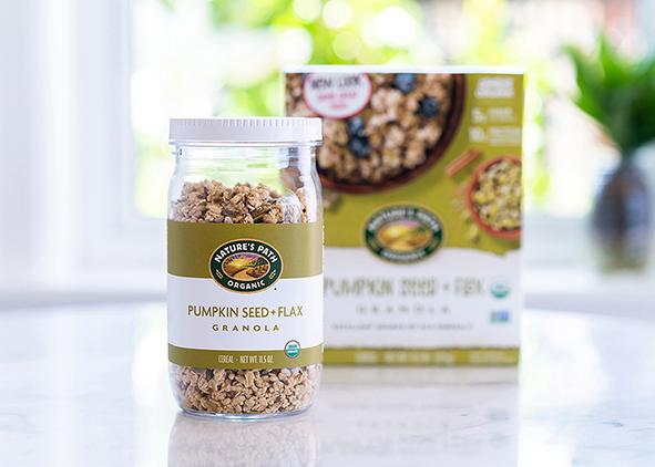 Nature's Path granola in a reusable jar (credit: Loop). AGATHÓN 09 | 2021